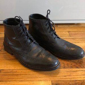 COLE HAAN black leather wingtip boots 9.5